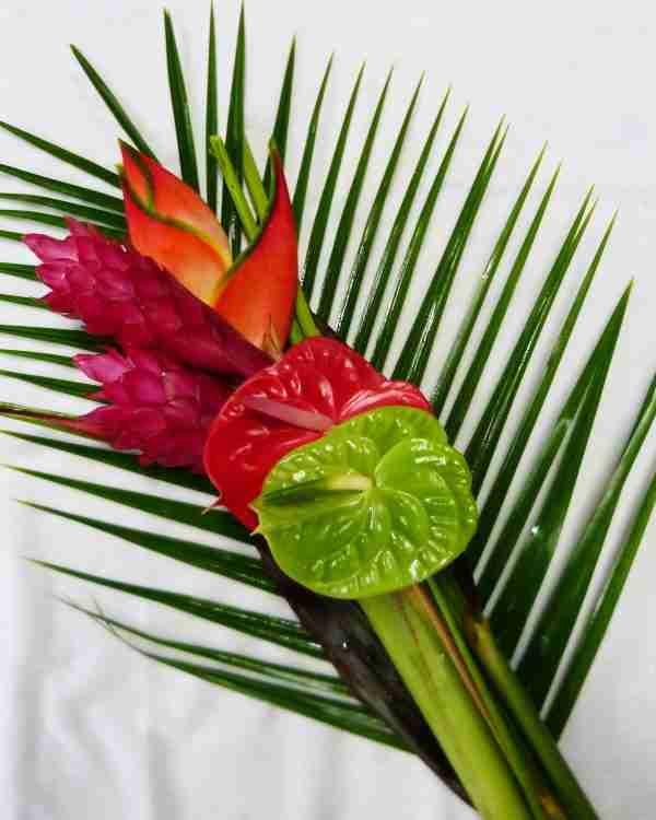 Mele Tropical Bouquet